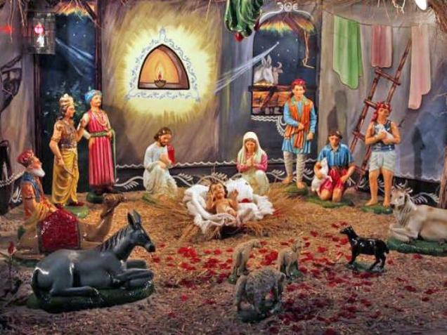 Baby Jesus in Indian crib - Press Club Of India