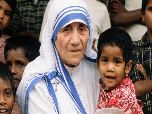 KOLKATA TO CELEBRATE MOTHER TERESA'S CANONISATION
